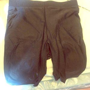 Silky material biker shorts